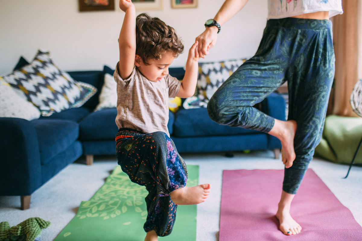 5 WAYS TO PRACTICE YOGA AS A MUM