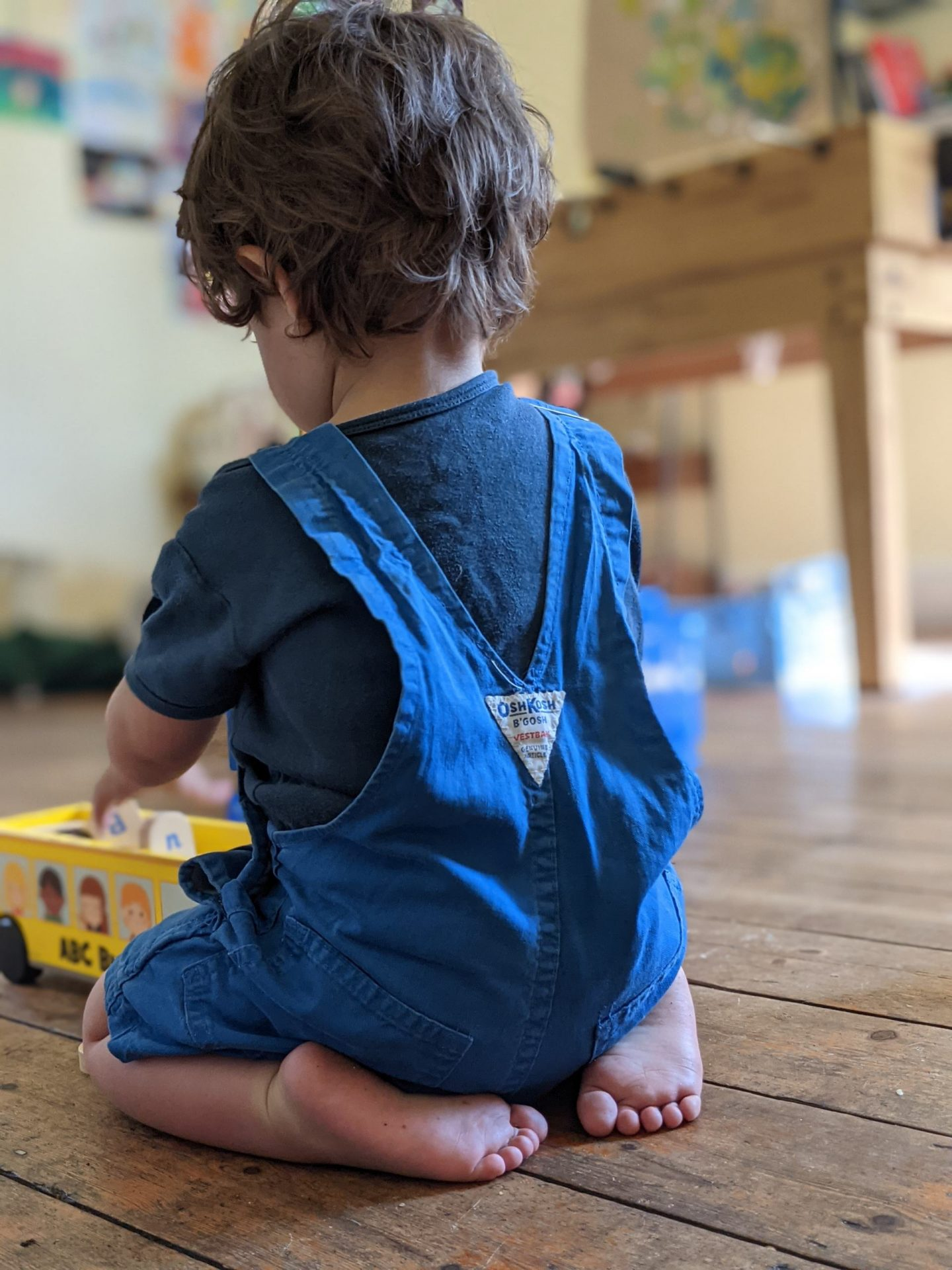 On Lovingly Ignoring Your Child (and Letting Them Play Independently)