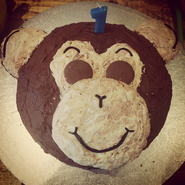 Easy peasy monkey cake.